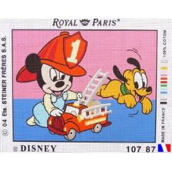 """Canevas à broder 22 x 30 cm marque ROYAL PARIS thème DISNEY """"bébé Mickey pompier"""" fabrication française"""