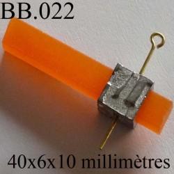 accessoire  biche de bère en métal et caoutchouc souple couleur orange