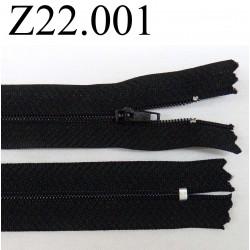 fermeture éclair longueur 22 cm couleur noir non séparable zip nylon largeur 2.5 cm