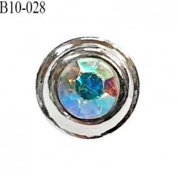 Bouton 10 mm en pvc couleur chrome et strass reflet arc en ciel accroche avec un anneau prix à l'unité