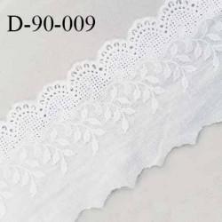 Dentelle anglaise 90 mm très belle couleur blanc naturel largeur 90 mm prix au mètre