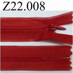 fermeture éclair invisible longueur 22 cm couleur rouge non séparable zip nylon largeur 2,3 cm