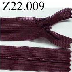 fermeture éclair invisible longueur 22 cm couleur bordeau cassis non séparable zip nylon largeur 2,3 cm
