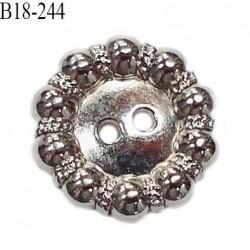 Bouton 18 mm en métal couleur chrome 2 trous diamètre 18 mm épaisseur 2.5 mm prix à l'unité