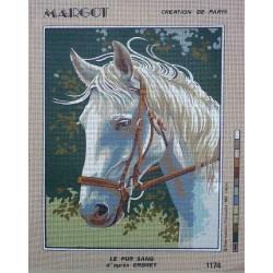 canevas 40x50 marque MARGOT DE PARIS cheval le pur sang dimension 40 centimètres par 50 centimètres 100 % coton