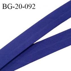 Biais galon 20 mm pré plié au dos 2 rabats de 10 mm coton polyester couleur bleu indigo largeur 20 mm prix au mètre