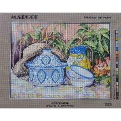 canevas 40x50 marque MARGOT DE PARIS porcelaine d'après c. graniou dimension 40 centimètres par 50 centimètres 100 % coton
