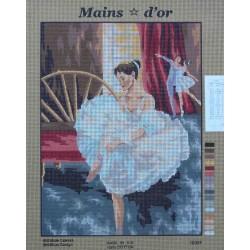 canevas 40x50 marque MAINS D'OR danseuse dimension 40 centimètres par 50 centimètres 100 % coton