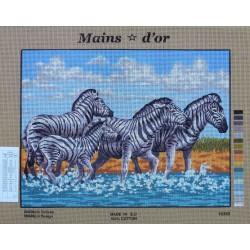 canevas 40x50 marque MAINS D'OR zèbre dimension 40 centimètres par 50 centimètres 100 % coton