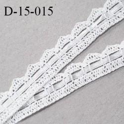 Dentelle crochet 15 mm couleur blanc avec ruban satin largeur 15 mm prix au mètre