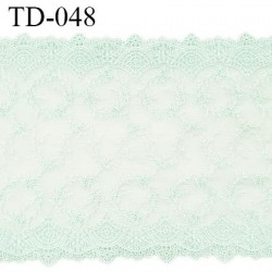 Dentelle 220 mm brodée sur tulle couleur vert menthe douce haut de gamme largeur 22 cm prix pour 10 cm de longueur