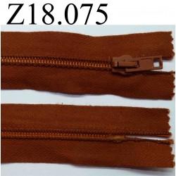 fermeture éclair  longueur 18 cm couleur marron rouille non séparable zip nylon largeur 3.3 cm