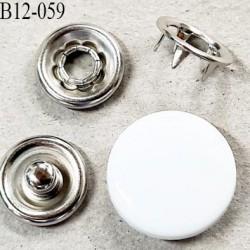 bouton pression à griffe métal et pvc couleur blanc et pièces chromé 5 griffes diamètre 12 mm ensemble de 4 pièces par bouton