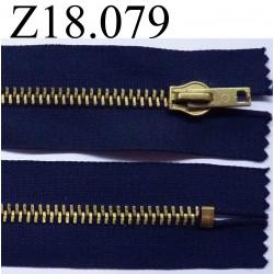 fermeture éclair longueur 18 cm couleur bleu  non séparable zip métal largeur 3.3 cm