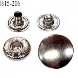bouton pression 15 mm métal  couleur chromé diamètre 15 mm ensemble de 4 pièces par bouton