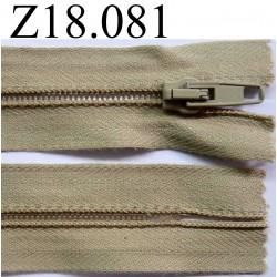 fermeture éclair longueur 18 cm couleur beige non séparable zip nylon largeur 3.2 cm