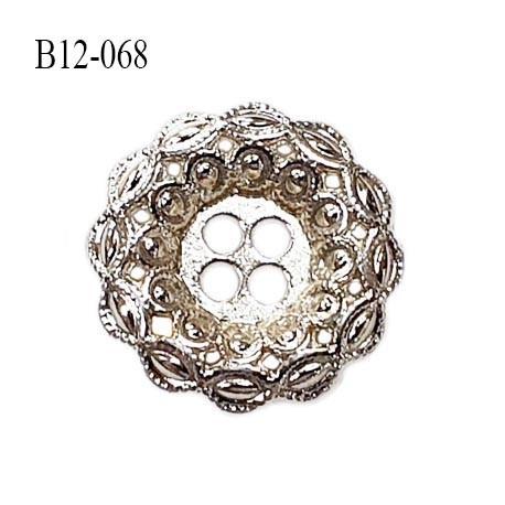 Bouton 12 mm en métal couleur chrome 4 trous diamètre 12 mm épaisseur 2.5 mm prix à la pièce