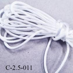 Cordon queue de rat en satin  brillant couleur blanc brillant diamètre 2.5 mm très solide prix au mètre