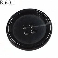 Bouton 16 mm en pvc très haut de gamme couleur noir et corne incrusté 4 trous diamètre 16 mm épaisseur 3 mm prix à l'unité