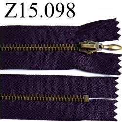 fermeture éclair longueur 15 cm couleur violet prune foncé non séparable   zip métal largeur 2.8 cm