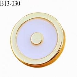 Bouton 13 mm en pvc couleur doré or et blanc brillant accroche au dos avec un anneau diamètre 13 millimètres