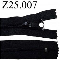 fermeture éclair longueur 25 cm couleur noir non séparable zip nylon largeur 3,2 cm largeur du zip 6.5 mm