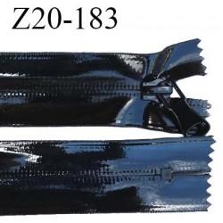 Fermeture vinyle 20 cm non séparable couleur noir brillant longueur 20 cm largeur 3.2 cm zip nylon invisible prix à l'unité