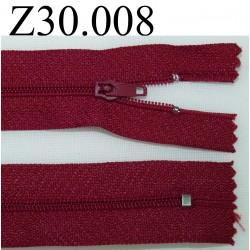 fermeture éclair longueur 30 cm couleur bordeau non séparable zip nylon largeur 2,5 cm