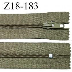 Fermeture zip 18 cm non séparable couleur kaki largeur 2.7 cm zip nylon longueur 18 cm prix à l'unité