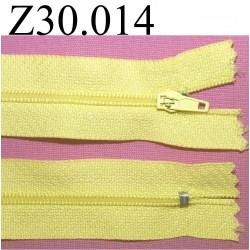 fermeture éclair  longueur 30 cm couleur jaune non séparable zip nylon largeur 2,5 cm