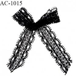 Noeud lingerie dentelle haut de gamme couleur noir largeur haut 45 mm largeur bas 60 mm hauteur 70 mm prix à la pièce