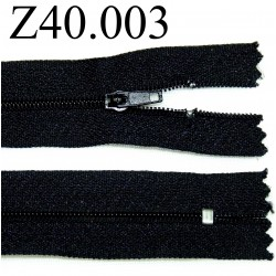 fermeture éclair  longueur 40 cm couleur noir non séparable zip nylon largeur 2,5 cm