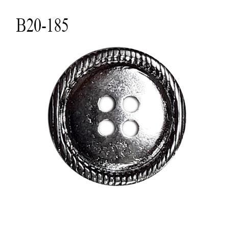 Bouton 20 mm en métal couleur chrome 4 trous diamètre 20 mm épaisseur 3 mm prix à l'unité