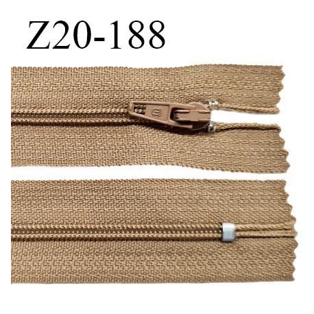 Fermeture zip 20 cm non séparable couleur beige zip glissière nylon invisible largeur 5 mm longueur 20 cm prix à l'unité