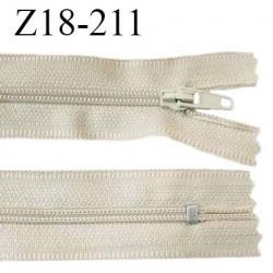 Fermeture zip 18 cm non séparable couleur beige largeur 2.7 cm zip nylon longueur 18 cm prix à l'unité