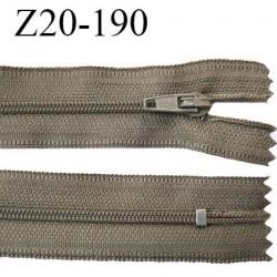 Fermeture zip 20 cm non séparable couleur marron clair zip glissière nylon invisible largeur 5 mm longueur 20 cm prix à l'unité