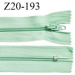 Fermeture zip 20 cm non séparable couleur vert jade zip glissière nylon invisible largeur 5 mm longueur 20 cm prix à l'unité