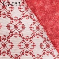 Tissu dentelle brodée sur tulle couleur rouge haut de gamme largeur 135 cm prix pour 10 cm de longueur