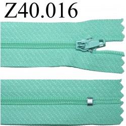fermeture éclair verte longueur 40 cm couleur vert non séparable zip nylon largeur 2.5 cm