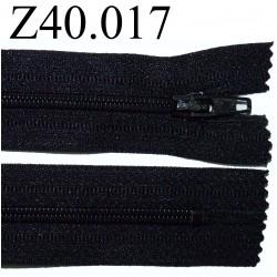 fermeture éclair  longueur 40 cm couleur noir non séparable zip nylon largeur 2.5 cm