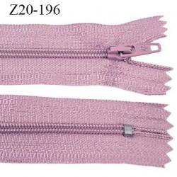 Fermeture zip longueur 20 cm couleur vieux rose non séparable largeur 2.4 cm glissière nylon largeur  4 mm