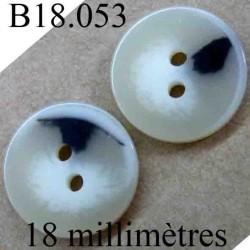 bouton 18 mm couleur noir beige corne et blanc cassé brillant 2 trous diamètre 18 mm