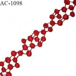 Motif guipure 21 cm haut de gamme couleur rouge fusion très beau longueur 21 cm largeur 2 cm prix à la pièce