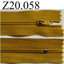 fermeture éclair longueur 20 cm couleur jaune non  séparable zip nylon largeur 2.5 cm