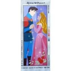 Canevas à broder 25 x 60 cm marque ROYAL PARIS thème DISNEY CENDRILLON Aurore et son prince