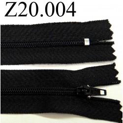 fermeture éclair longueur 20 cm couleur noir non séparable zip nylon largeur 2.5 cm