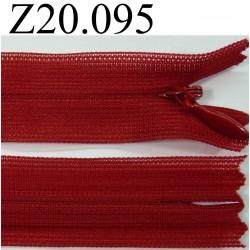 fermeture éclair invisible longueur 20 cm couleur rouge non séparable zip nylon largeur 2.2 cm