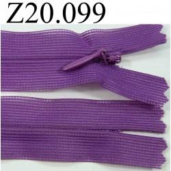 fermeture éclair invisible longueur 20 cm couleur violet non séparable zip nylon largeur 2.4 cm