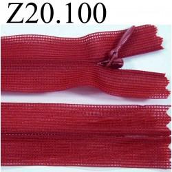 fermeture éclair invisible longueur 20 cm couleur rouge non séparable zip nylon largeur 2.4 cm