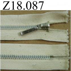 fermeture éclair  longueur 18 cm couleur blanc cassé beige non séparable zip métal alu largeur 2.7 cm